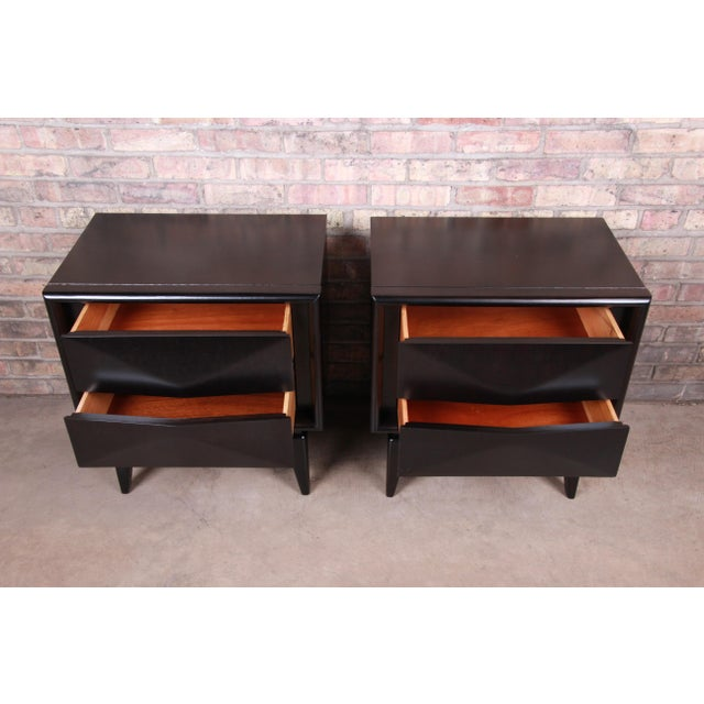 Ebony Mid-Century Modern Ebonized Sculpted Walnut Diamond Front Nightstands by United, Newly Refinished For Sale - Image 8 of 11