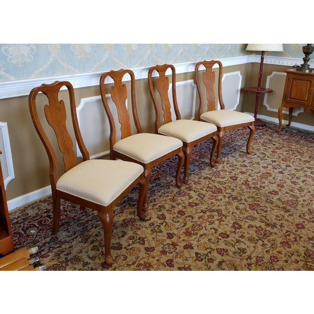 1990s Carleton Oak Drexel Heritage Queen Anne Round Dining Room Set For Sale - Image 9 of 11