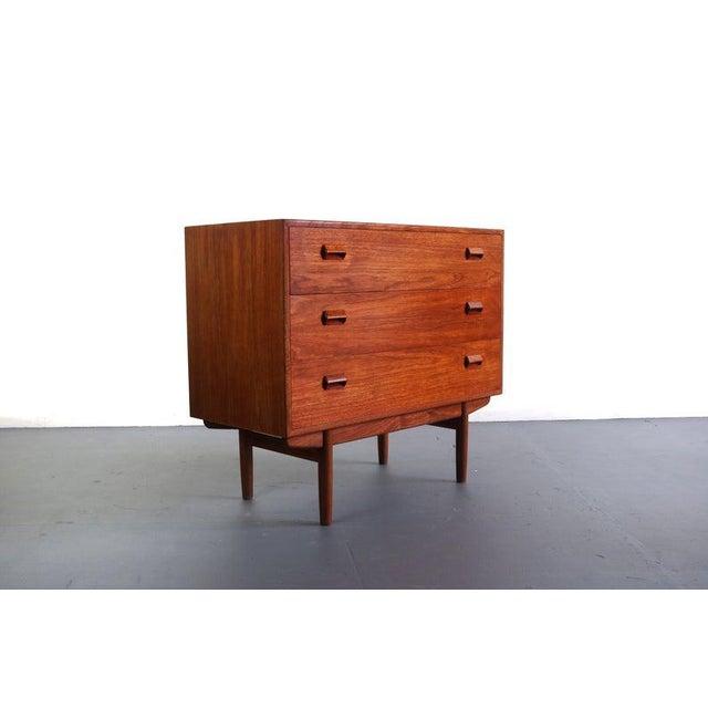 Borge Mogensen for Søborg Møbelfabrik Teak and Oak Chest Vanity / Short Dresser, Denmark For Sale - Image 10 of 10