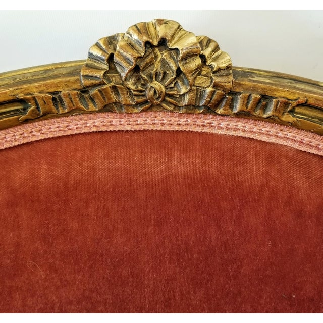1920s Louis XV Style Pink Mohair Velvet Upholstery Bergere Chairs- A Pair For Sale - Image 5 of 9