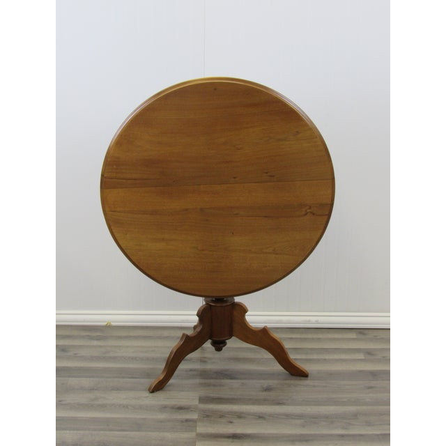 Vintage Mid Century Traditional Round Lift Top Table For Sale - Image 11 of 11