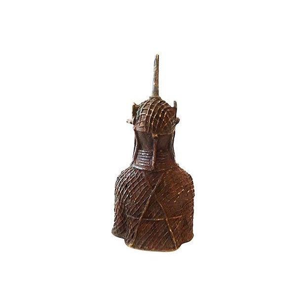 Bronze Oba Nigeria Benin Bronze Figure For Sale - Image 7 of 7