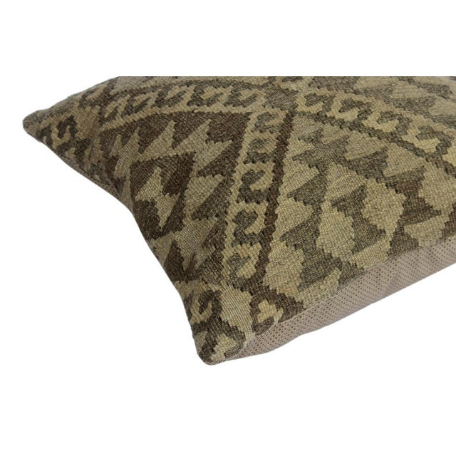 "Asian Darius Gray/Tan Hand-Woven Kilim Throw Pillow(18""x18"") For Sale - Image 3 of 6"
