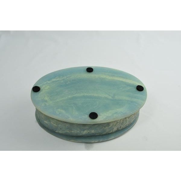 Birds of Paradise Incolay Stone Blue & White Cameo Oval Box For Sale In Los Angeles - Image 6 of 7