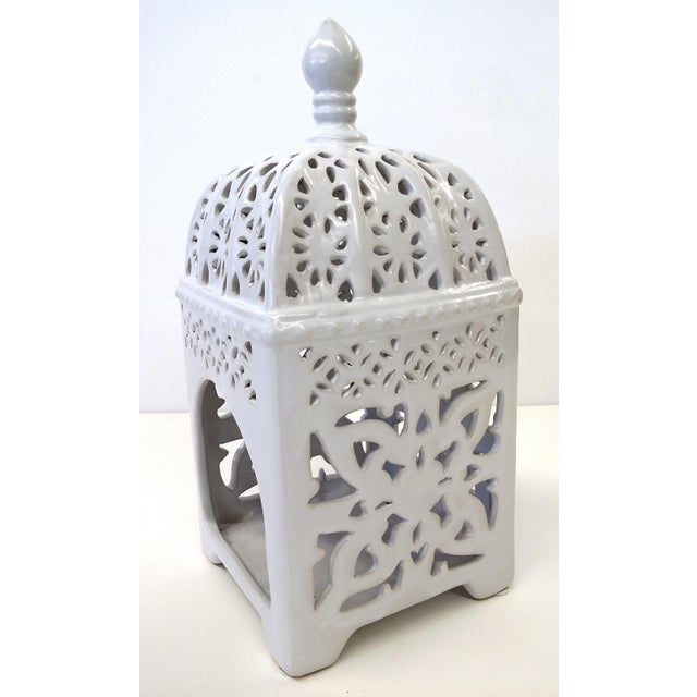 Marrakesh-Style White Ceramic Candleholder - Image 4 of 7