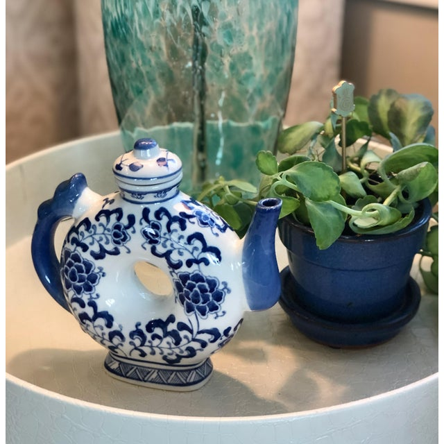 Round Teapot in Blue and White Chinoiserie For Sale In New York - Image 6 of 11