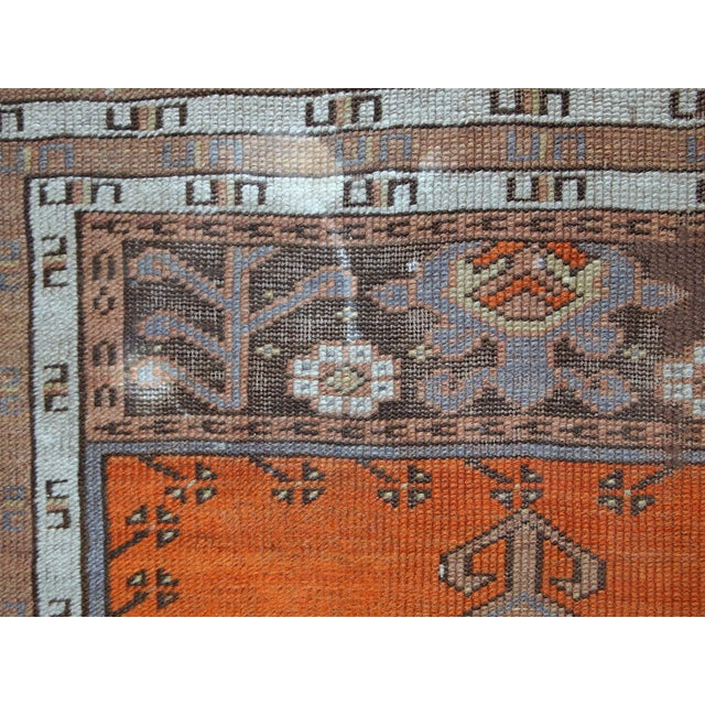 1940s Hand Made Antique Turkish Anatolian Prayer Rug - 3′3″ × 4′7″ For Sale In New York - Image 6 of 10