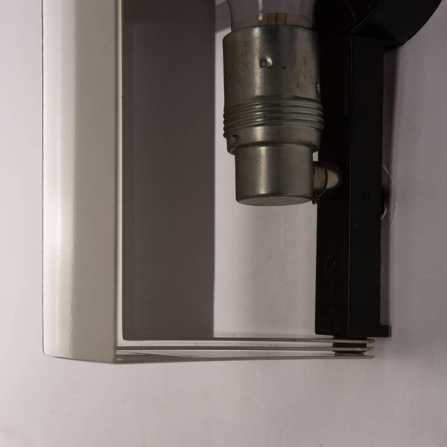 "White Pair of ""Stria"" Sconces by Ernesto Gismondi for Artemide For Sale - Image 8 of 10"