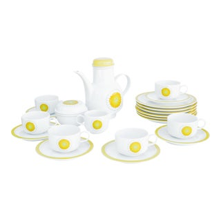 1960s White and Yellow Porcelain Melitta, Germany Coffee Set - 21 Piece Set For Sale