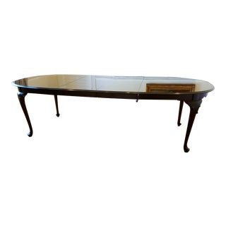 Ethan Allen Georgian Court Oval Dining Table For Sale