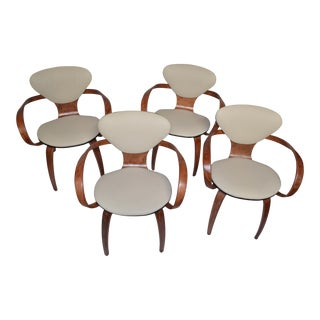 Mid Century Modern Pretzel Chairs by Norman Cherner for Plycraft Newly Upholstered - Set of 4 For Sale