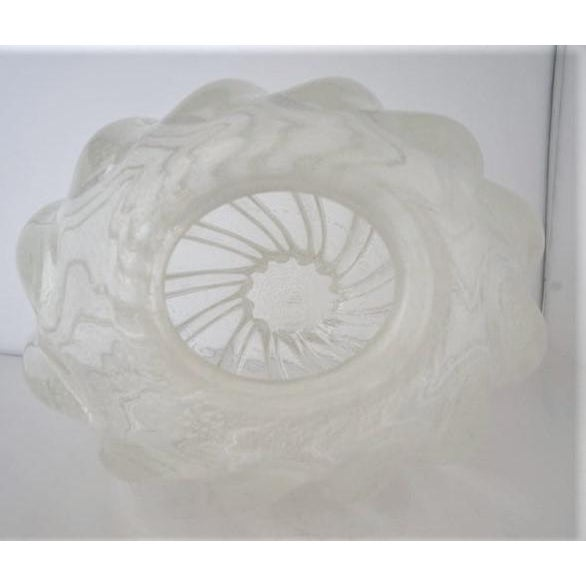 Transparent Vintage Murano Glass Vase With Silver Flecks For Sale - Image 8 of 13