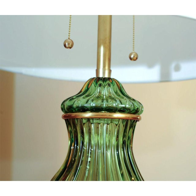 Hollywood Regency Marbro Murano Glass Table Lamp Green For Sale - Image 3 of 5