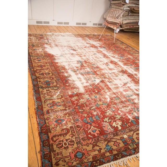 "Antique Distressed Heriz Carpet - 9'7"" x 12'2"" For Sale - Image 4 of 7"