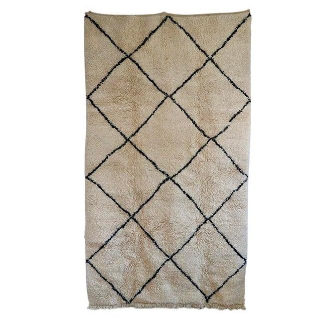 """Islamic Moorish Beni Ourian Wool Rug - 61"""" X 108"""" For Sale - Image 3 of 3"""