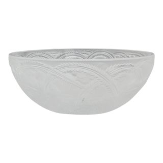 """Lalique France """"Pinsons"""" Bird Coupe in Orginal Box For Sale"""