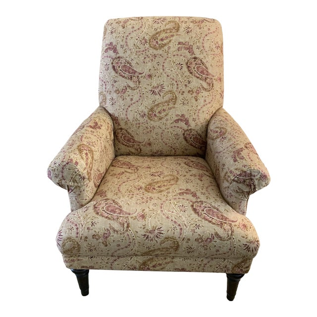 Modern Basset Upholstered Accent Chair For Sale