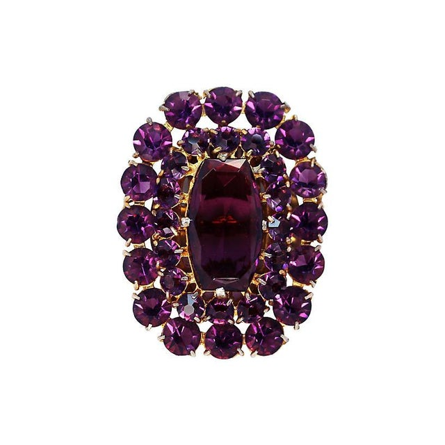 Large Amethyst Glass Dress Clip, C. 1940 For Sale - Image 4 of 4