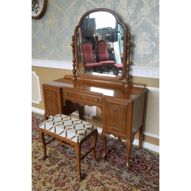 Art Deco 1930s Post Deco Walnut Traditional Bedroom Vanity & Mirror With Bench For Sale - Image 3 of 11