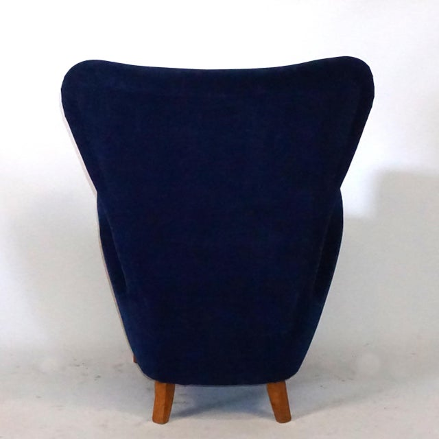 Hollywood Regency 20th Century Paolo Buffa Dark Blue Velvet Lounge Chairs - a Pair For Sale - Image 3 of 5
