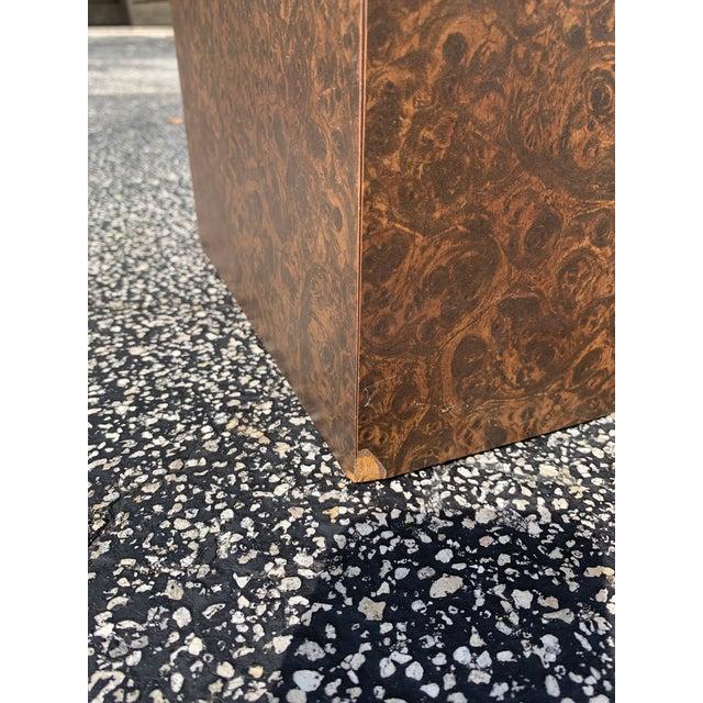 Wood 1970s Milo Baughman for Thayer Coggin Burl Pedestal For Sale - Image 7 of 8