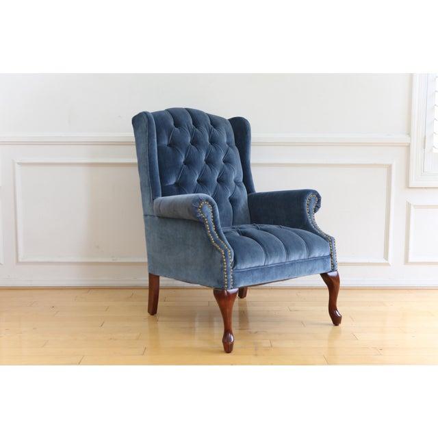 Sensational Vintage Blue Navy Tufted Velvet Wingback Chair Alphanode Cool Chair Designs And Ideas Alphanodeonline