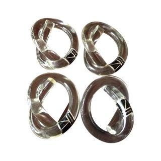 Vintage Lucite Knot Napkin Rings - Set of 4 For Sale