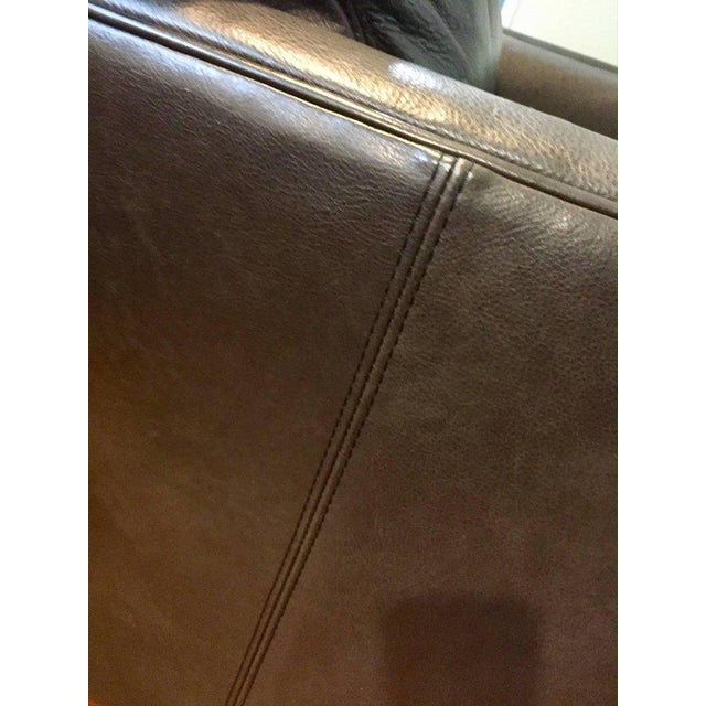 Traditional Lee Industries Supple Leather Swivel Club Chairs - a Pair For Sale In Philadelphia - Image 6 of 13