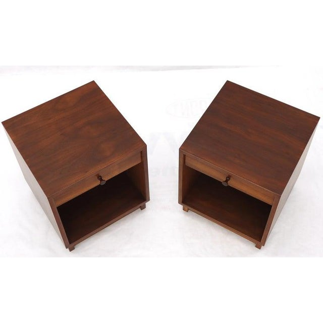Pair of Cube Shape Oiled Walnut One Drawer Mid-Century Modern End Tables Stands For Sale - Image 11 of 13