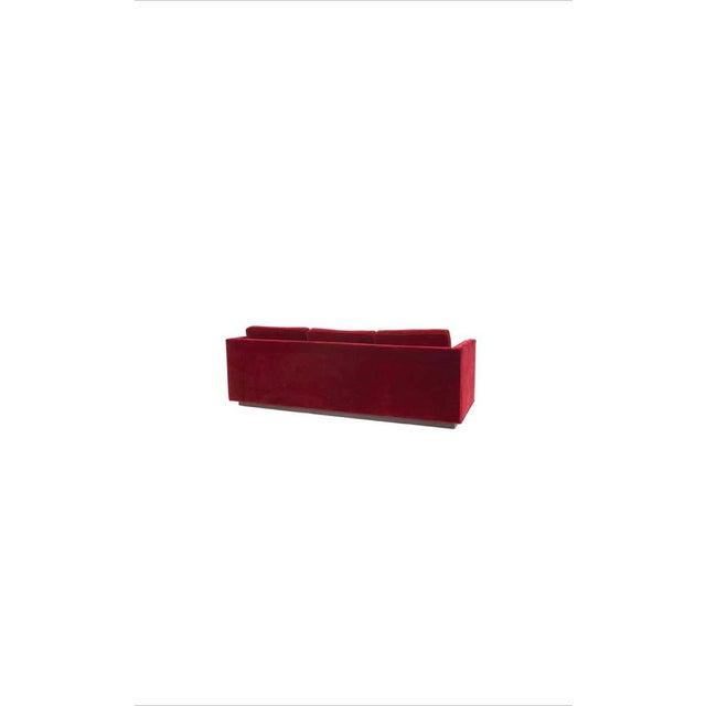 Ward Bennett Red Mohair Tuxedo Sofa For Sale In Chicago - Image 6 of 7