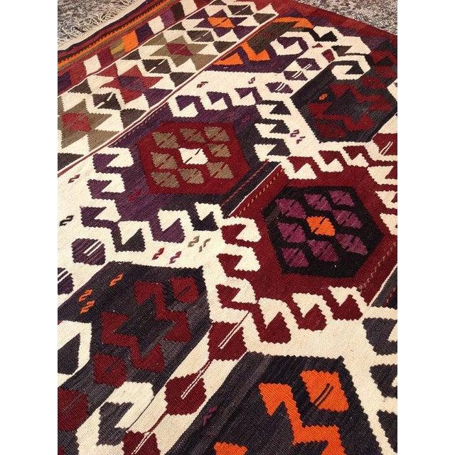 Vintage Turkish Kilim Rug For Sale - Image 5 of 6
