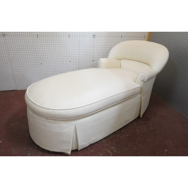 Wood 1980s Vintage Cream Fabric Custom Chaise Lounge For Sale - Image 7 of 7
