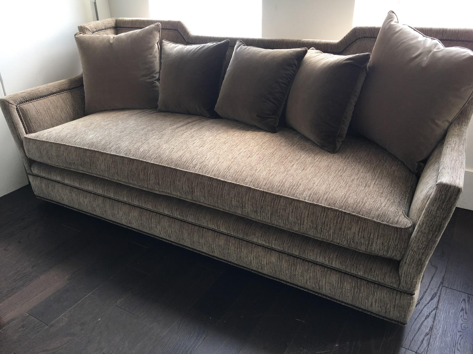 bench seat sofa. Transitional Bench Seat Sofa - Image 6 Of 7 S