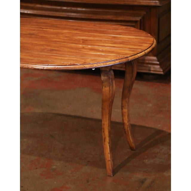 Vintage French Louis XV Carved Walnut Drop Leaf Oval Console Table For Sale In Dallas - Image 6 of 11