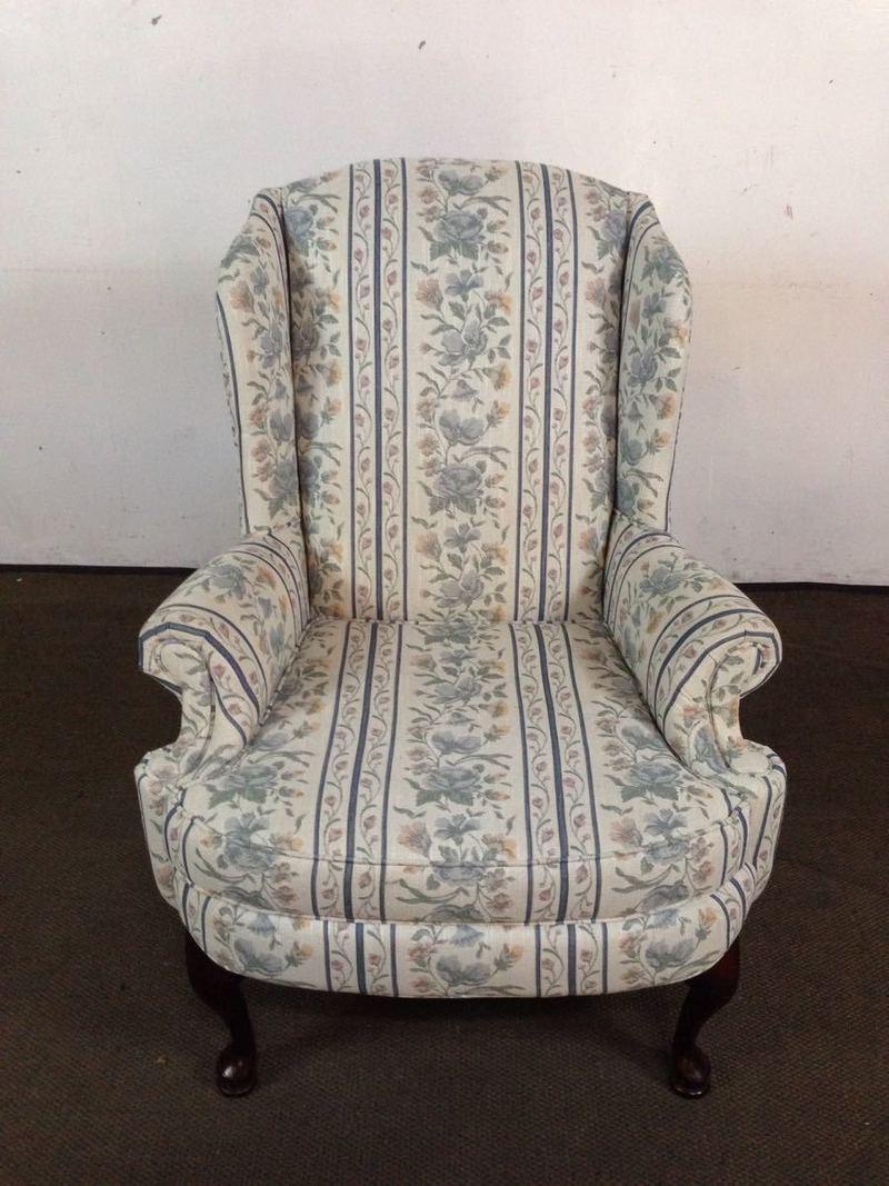 Vintage Broyhill Floral Upholstered U0026 Mahogany Wingback Armchair   Image 3  ...