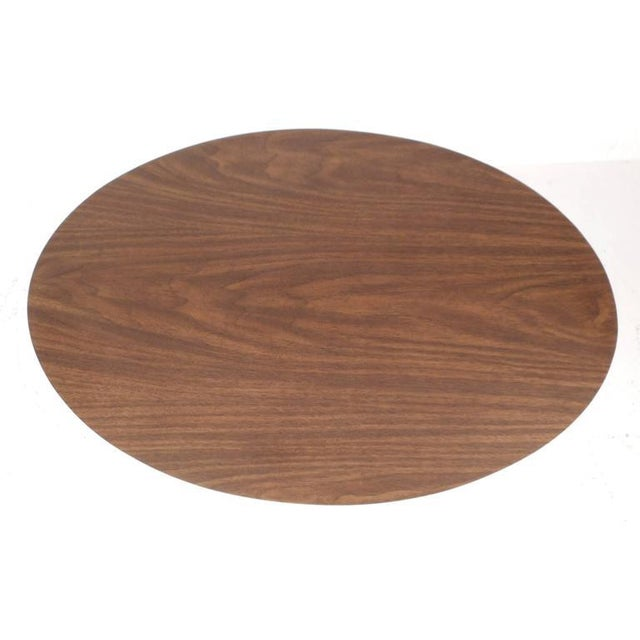 Eero Saarinen Style Vintage Oval Side Table - Image 4 of 6