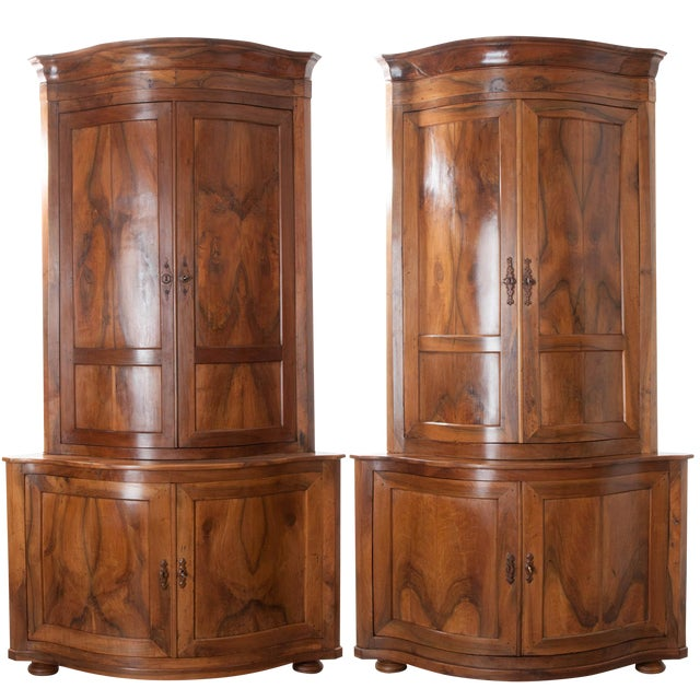 PAIR OF FRENCH 19TH CENTURY WALNUT CORNER CABINETS - Image 1 of 10