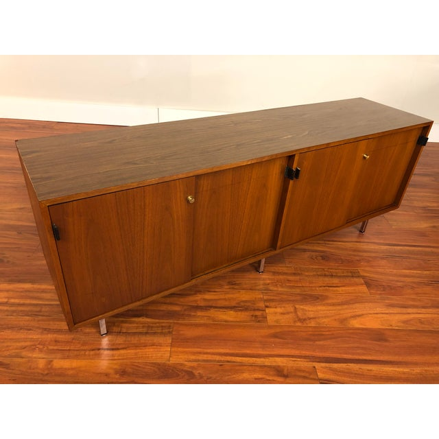 Florence Knoll Vintage Walnut 4 Position Credenza - Circa 1960s For Sale - Image 10 of 11