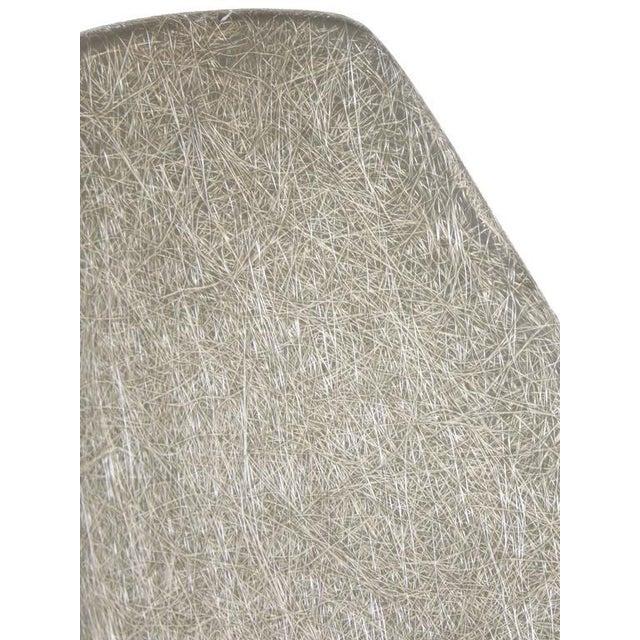Unusual Sculptural Fiberglass Chair - Image 7 of 8
