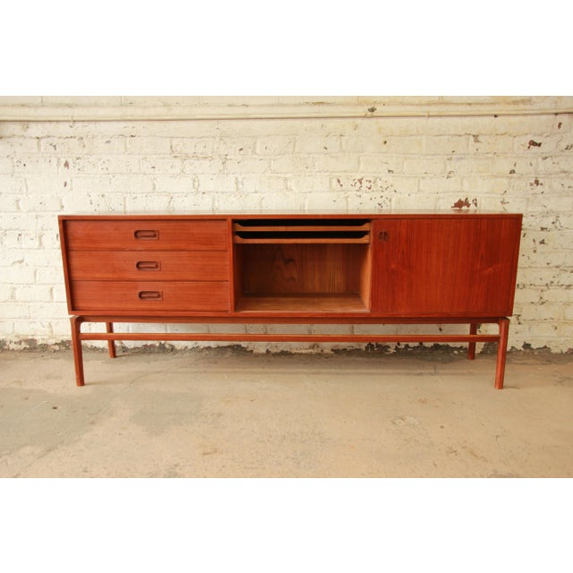 Mid 20th Century Danish Modern Teak Long Sideboard Credenza For Sale - Image 5 of 11