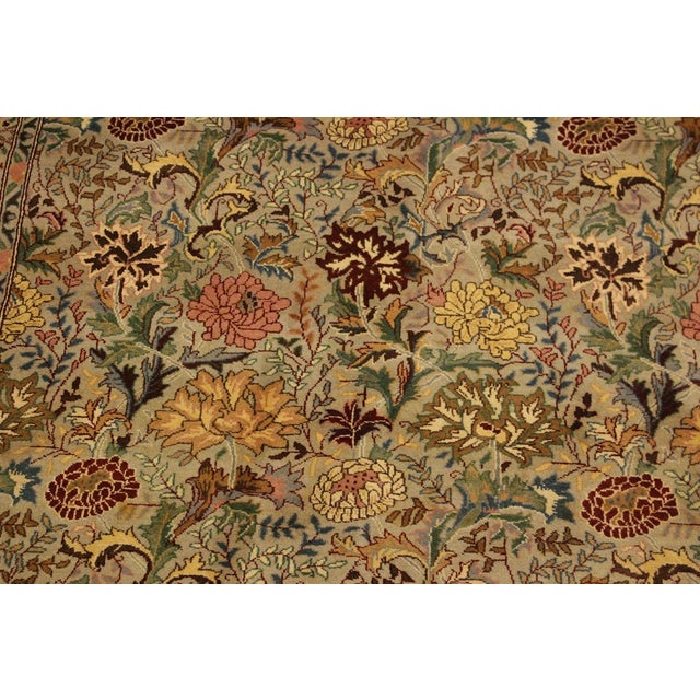 Pak-Persian Jeni Lt. Gray/Gold Wool Rug - 4'1 X 6'2 For Sale - Image 4 of 8