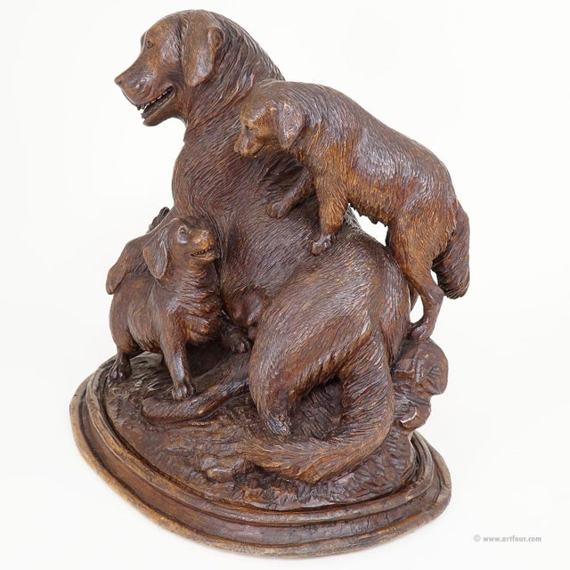 Black Black Forest Carved Mother Dog With Puppies - Brienz Ca. 1900 For Sale - Image 8 of 10