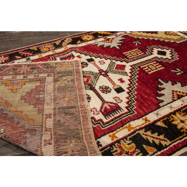 "Traditional Early 20th Century Vintage Anatolian Rug, 2'9"" X 5'4"" For Sale - Image 3 of 10"
