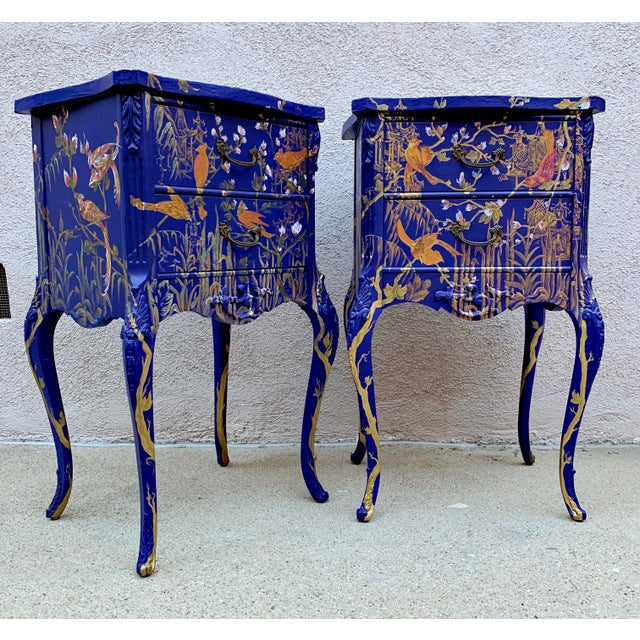 1930s 1930s Hand Painted Chinoiserie Nightstands with Birds - a Pair For Sale - Image 5 of 13