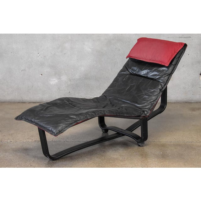 Leather Chaise Lounge by Westnofa For Sale In Los Angeles - Image 6 of 6