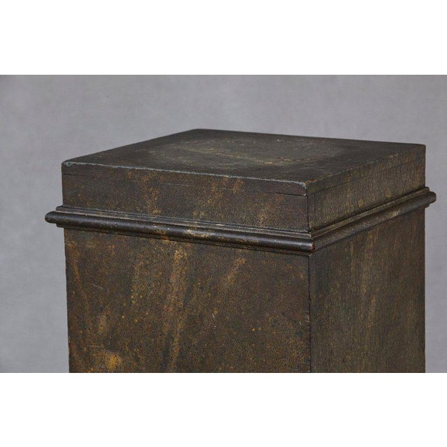 19th Century Swedish Hand-Painted Pedestal With Faux Marbleized Pattern For Sale In New York - Image 6 of 9