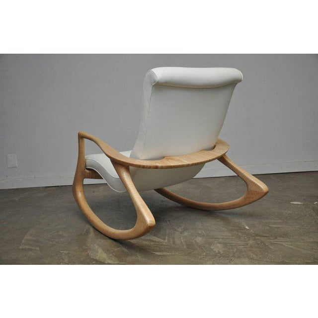 """Wood Vladimir Kagan """"Erica Rocking Chair"""" with Rare Maple Frame, circa 1960s For Sale - Image 7 of 10"""