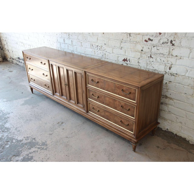 Bernhard Rohne for Mastercraft Burled Amboyna and Brass Mid-Century Credenza - Image 4 of 11