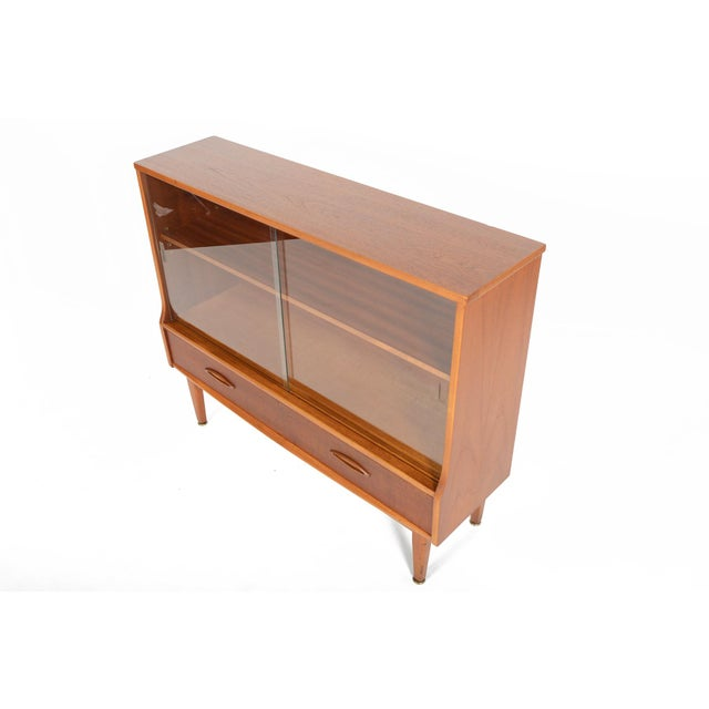 Jentique Narrow Teak & Glass Bookcase - Image 8 of 9
