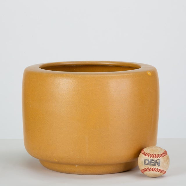 1960s Cp-13 Tire Planter in Yellow Glaze by John Follis for Architectural Pottery For Sale - Image 5 of 10